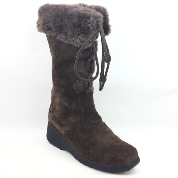 60c142c913e ⬇️ Price Drop Khombu boots lace up fuzzy winter
